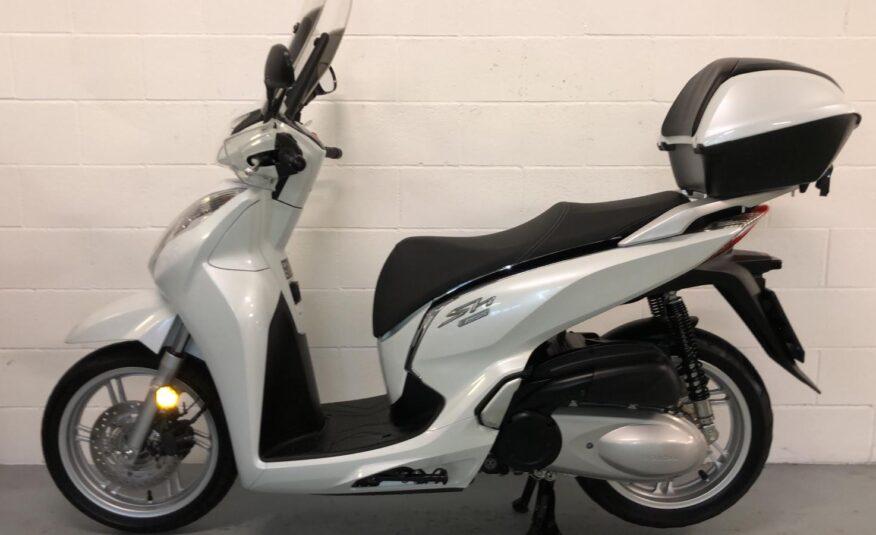 Honda – SH 300 i