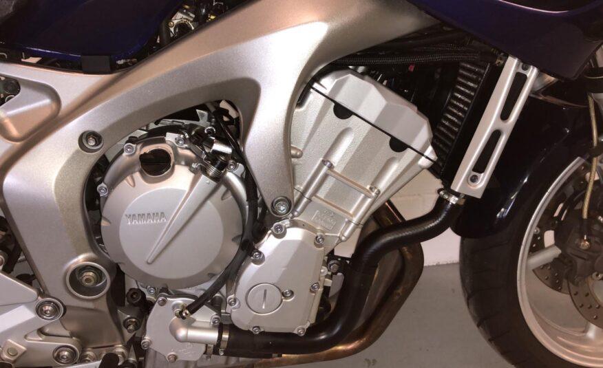 Yamaha – FZ6 Fazer